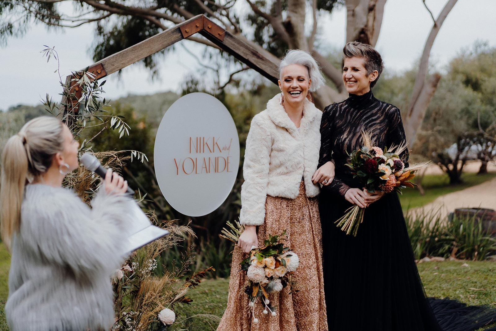 What Does a Wedding Officiant Do?