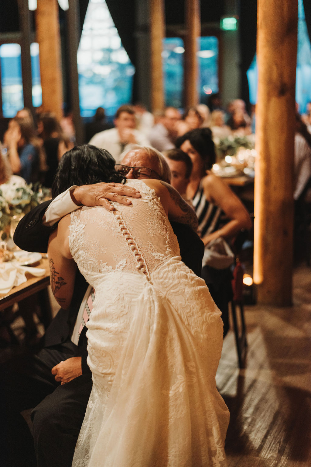 Morgan Rindhal Photograpy - Boho Industrial Wedding in Milwaukee