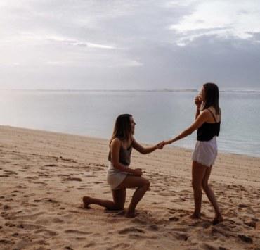 Steva Yaroshuk photography beachside lesbian two bride proposal engagement Bali Indonesia Dancing With Her online wedding directory magazine