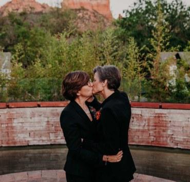 Suzy Goodrick Photography American wedding photographer Dancing With Her