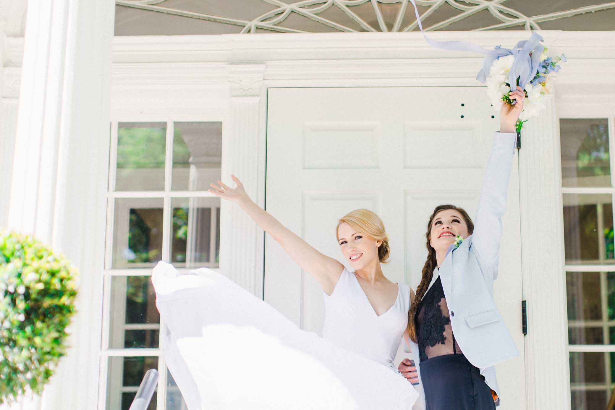 Minneapolis Wedding Photographer Sea Circus lesbian gay same-sex Weddings Dancing With Her magazine