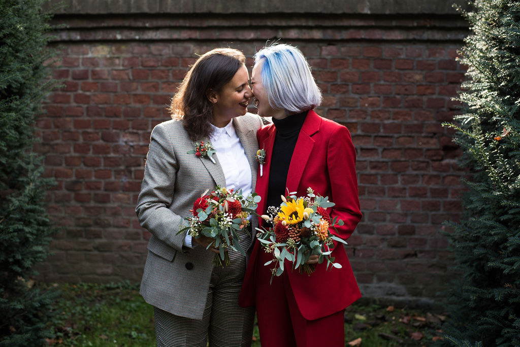 Annika Eliane Krause Germany USA lesbian gay same-sex couple Dancing With Her lgbt magazine online directory