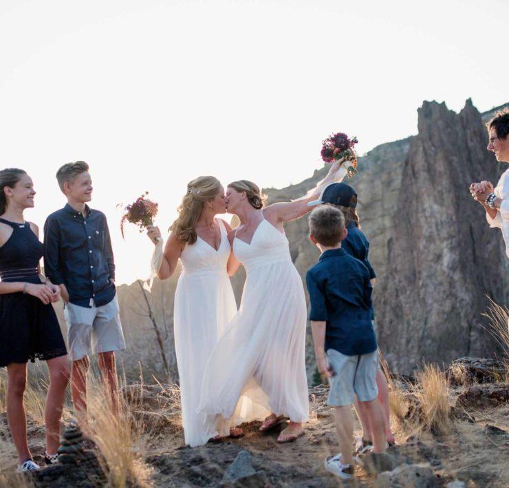 Benjamin Edwards photography lesbian gay same-sex couple family elopement wedding Oregon USA Dancing With Her magazine (1)