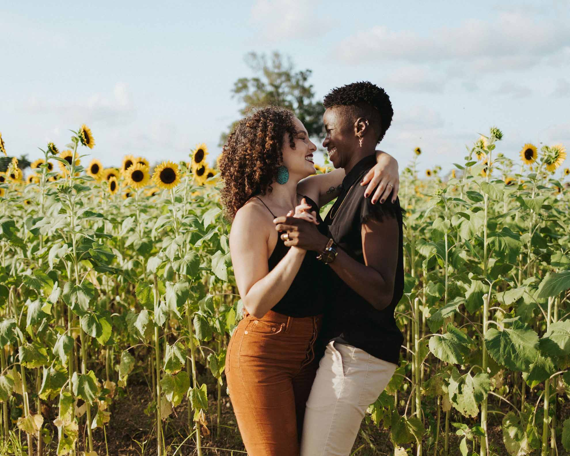 Brianne Emily photography West Palm Beach Florida lesbian gay non-binary queer couple love engagement proposal Dancing With Her magazine (1)