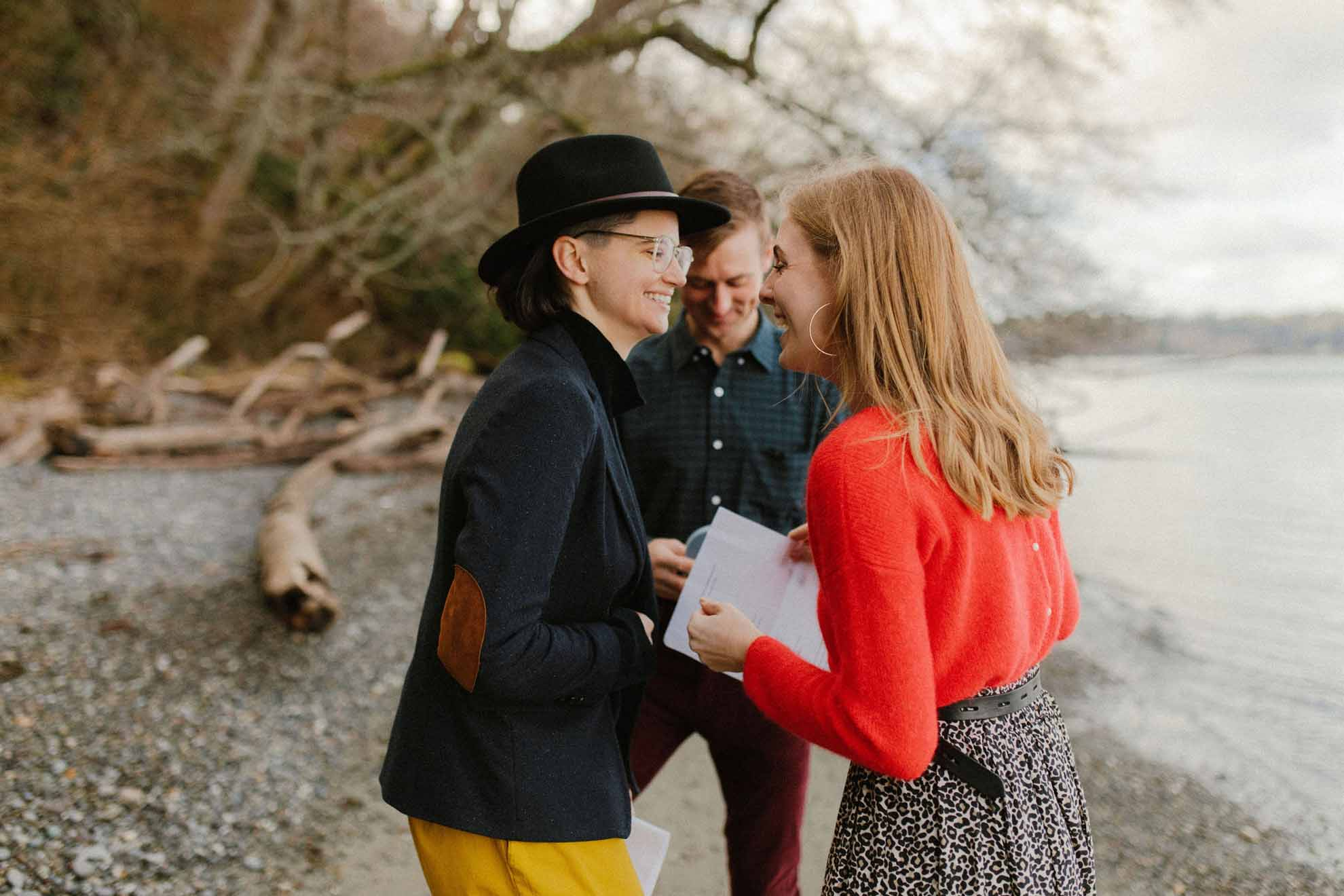 Alicia Sessler photography USA Seattle forest woods lesbian gay queer elopement Dancing With Her magazine (1)
