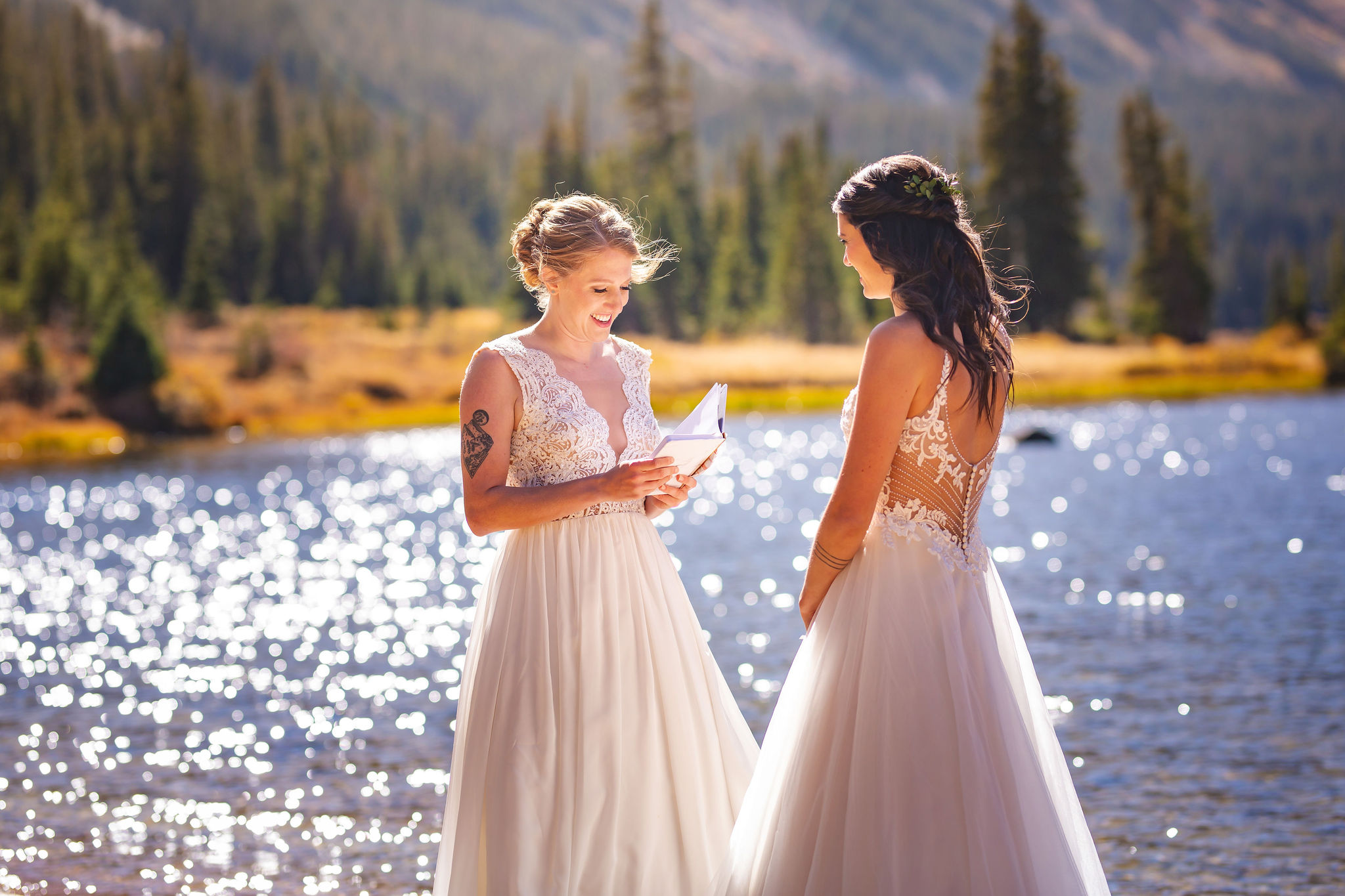 Lanz Photography Nederland Colorado lesbian two brides Mrs & Mrs forest elopement wedding Dancing With Her worldwide online magazine (1)