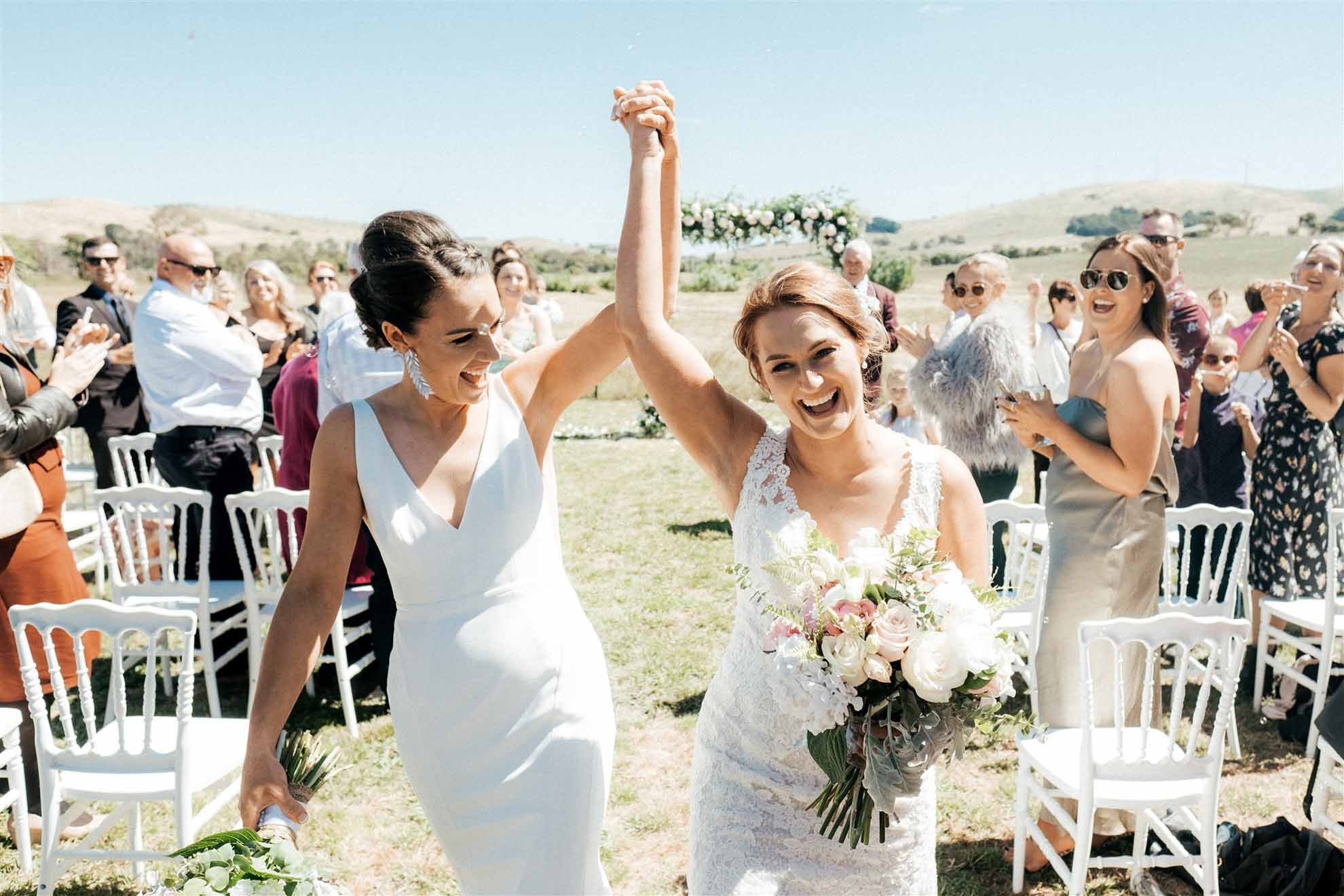Henry Paul Photography lesbian lgbtq+ Australian farm country wedding New South Wales Dancing With Her magazine (1)