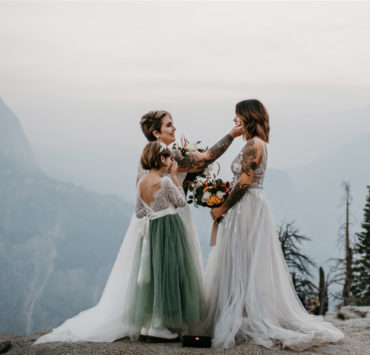 Kylie Farmer photography lesbian gay lgbtq+ COVID-19 family elopement Yosemite National Park USA (1)
