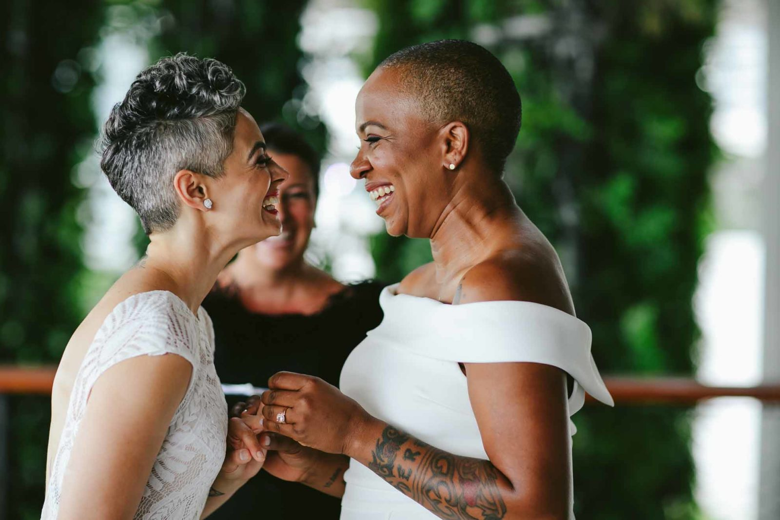 Tiny House Photo LGBTQIA+ lesbian gay mrs & mrs wedding proposal elopement Florida USA photography Dancing With Her (1)